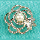 Golden Floral Pearl Brooch Jewelry Pin Decoration Keepsake Gift